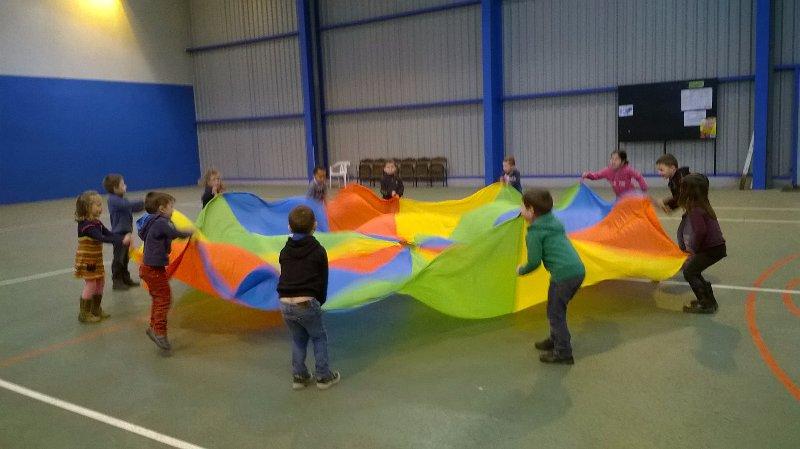 parachute-1